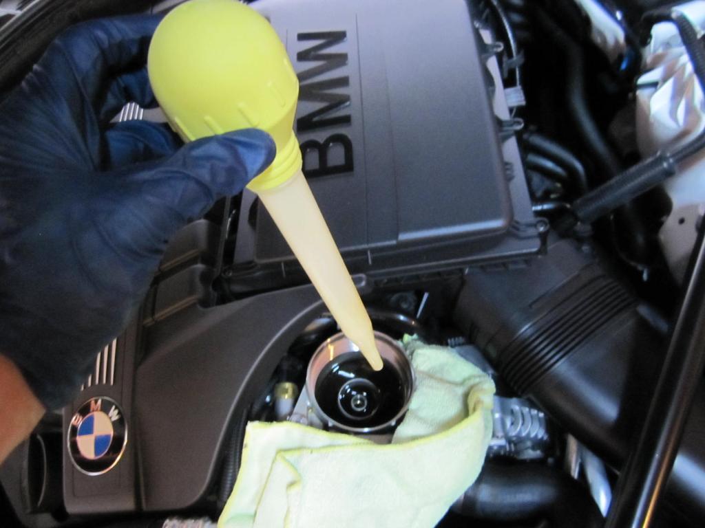 DIY Oil Change F10 5-series (N55 motor) - 2010 2011 BMW 5
