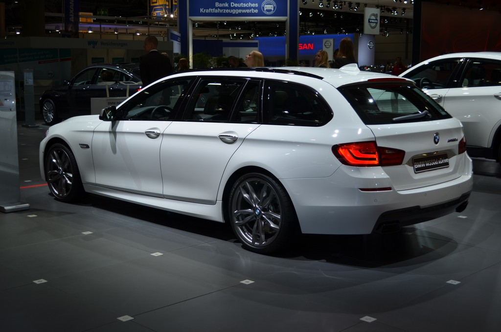 AMI 2012: M550d xDrive F11 Touring Premiere and X Models