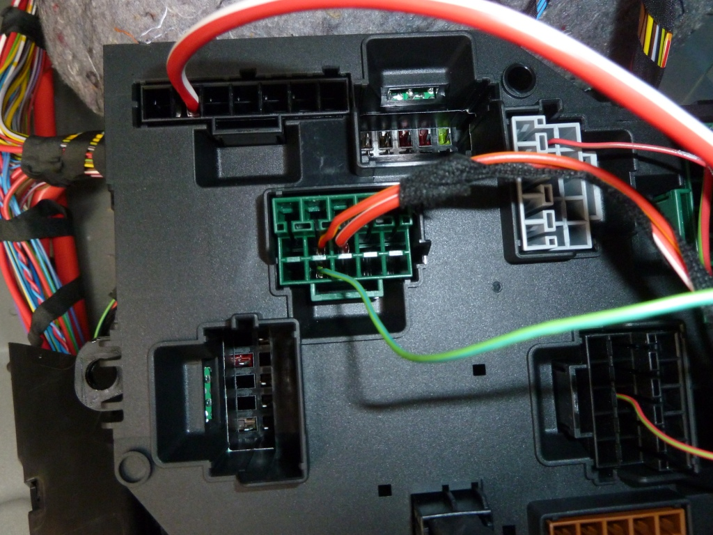 Bmw X5 E70 Fuse Box Diagram Simple Guide About Wiring 2004 Retrofit Of Reversing Camera