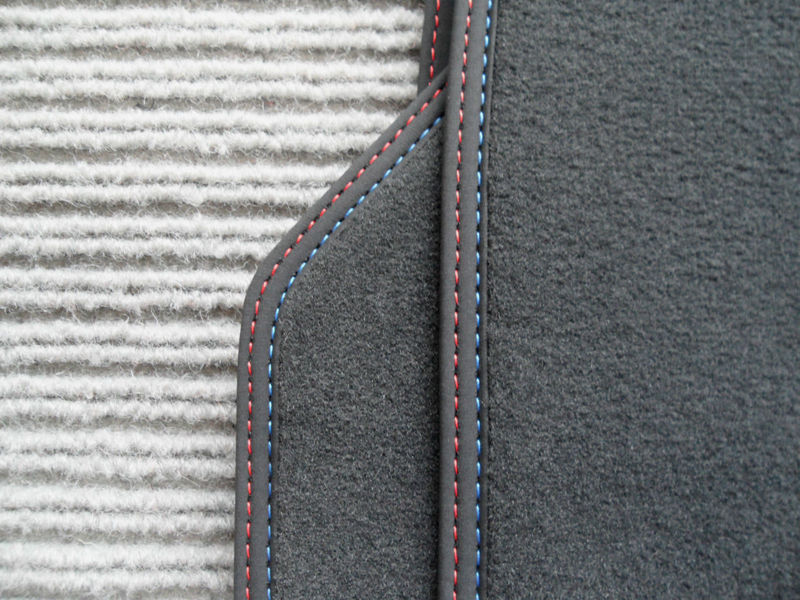 Name:  floormats 3.jpg Views: 26 Size:  114.3 KB