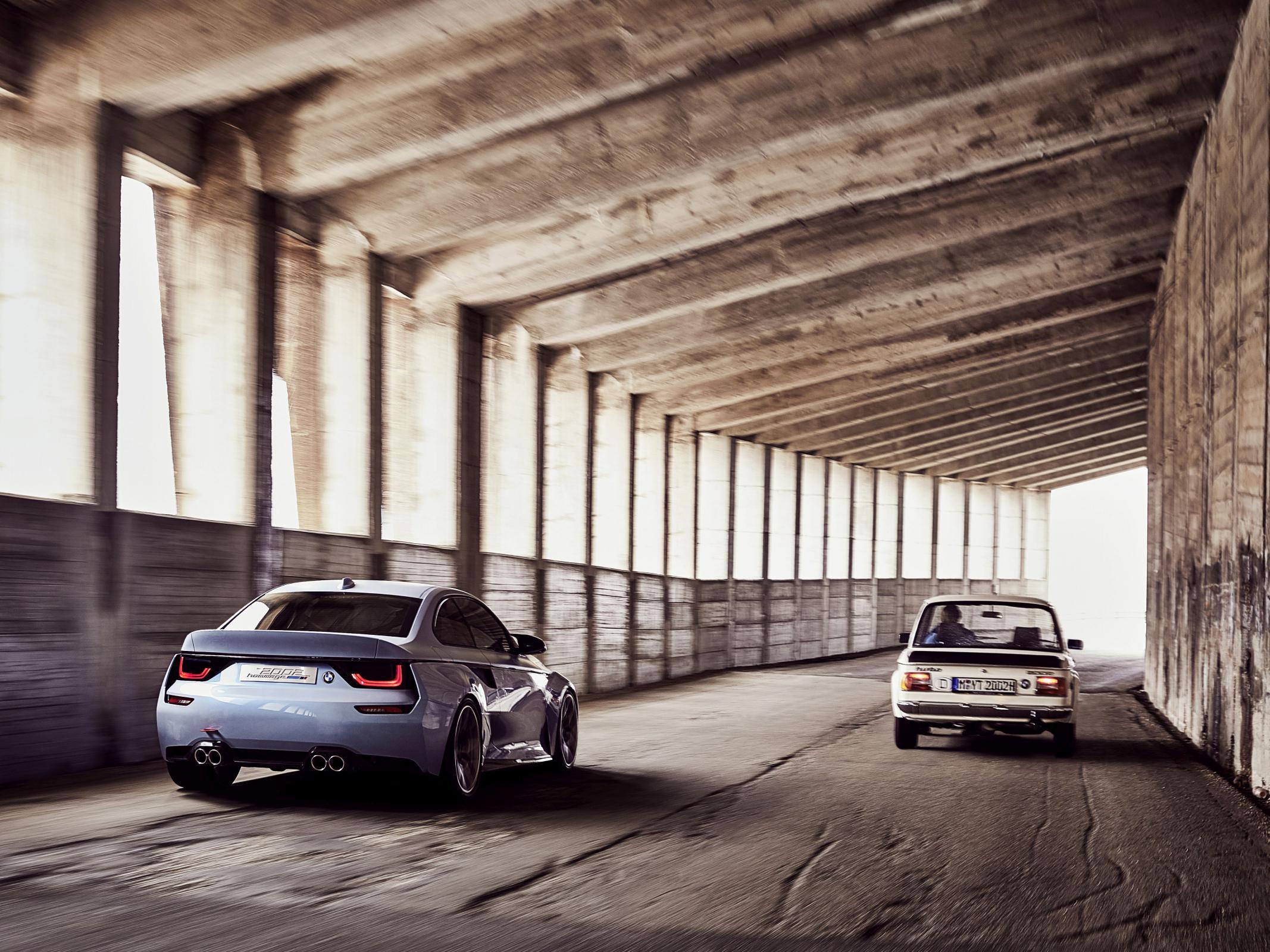 Name:  BMW_2002_Hommage_01.jpg Views: 1417 Size:  462.3 KB